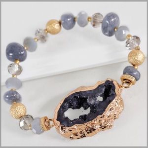 Jewelry - ✨NEW✨ Electroplated Natural Stone Bracelet - Grey